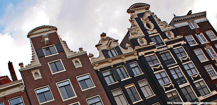 amsterdam-header-freeimages-ruxandra-moldenavu-häuser-holland-stadt-coffeshops