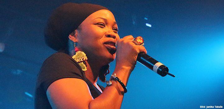 queen-ifrica-konzert-live-bühne-auftritt2