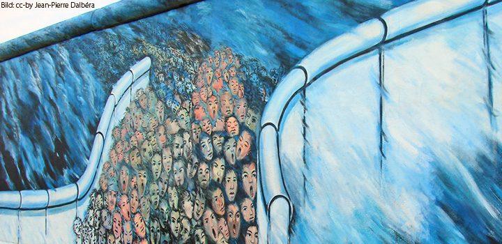 sadhu-mauer-errichten-eastside-gallery-wall