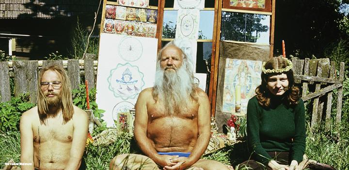 Hippies meditating ©Vladimir Wiedemann-Kultusfilm.jpg