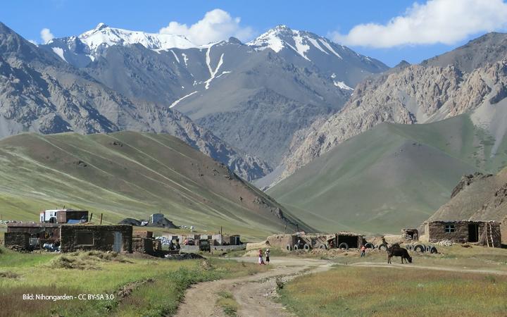 Konferenzteilnehmer in Kirgisistan fordern Legalisierung - Armut bekämpfen und Alkoholkonsum einschränken