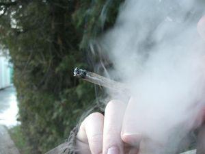 ...ingehüllt in eine Dunstwolke aus Rauch